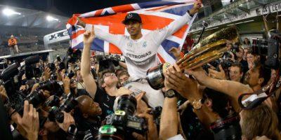 Así celebró Lewis Hamilton su título de campeón del mundo de Fórmula 1. Foto:AFP