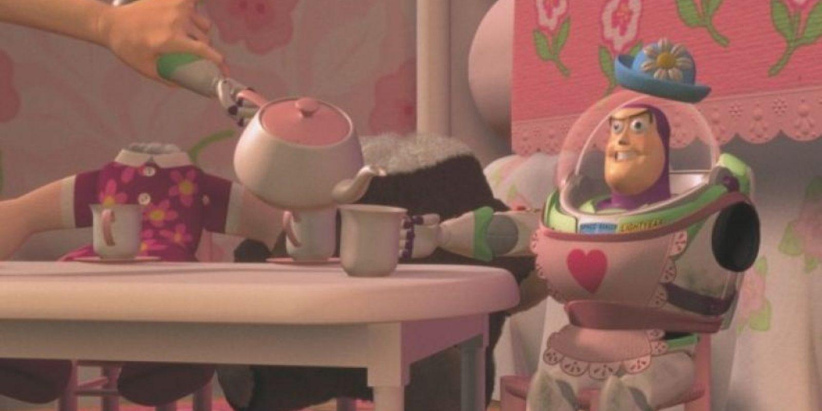 4.- Pixar quería que Jim Carrey realizara la voz de Buzz Lightyear, sin embargo la producción no alcanzó el precio del actor. Foto:Facebook/Toy Story