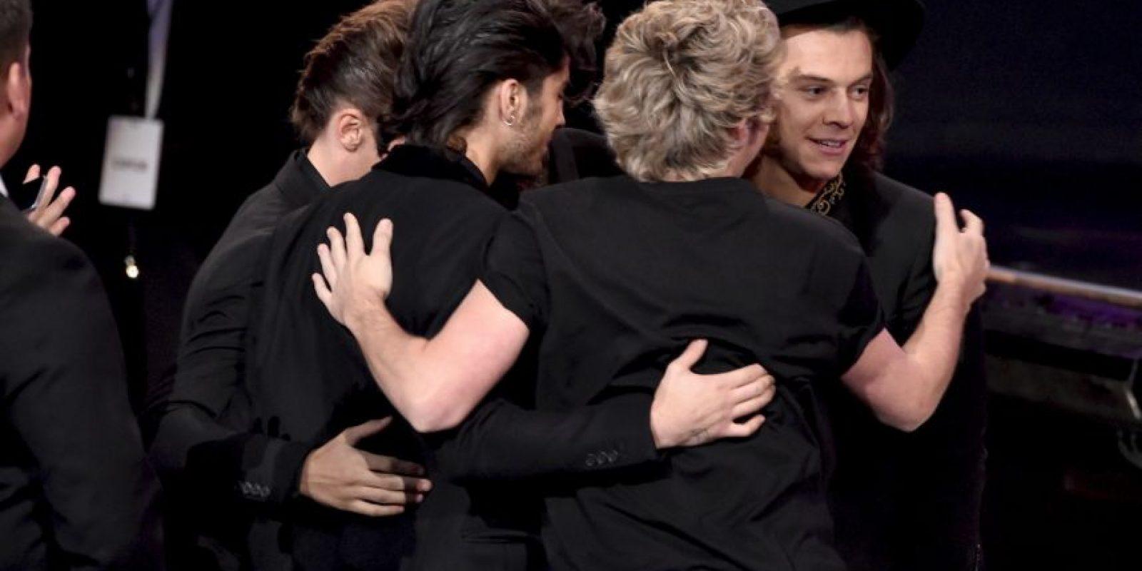 Así recibieron el premio a mejor Dúo/Grupo de Pop/Rock Foto:Getty Images