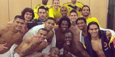 Esta es otra foto del futbolista con su equipo Foto:Instagram/jamesrodriguez