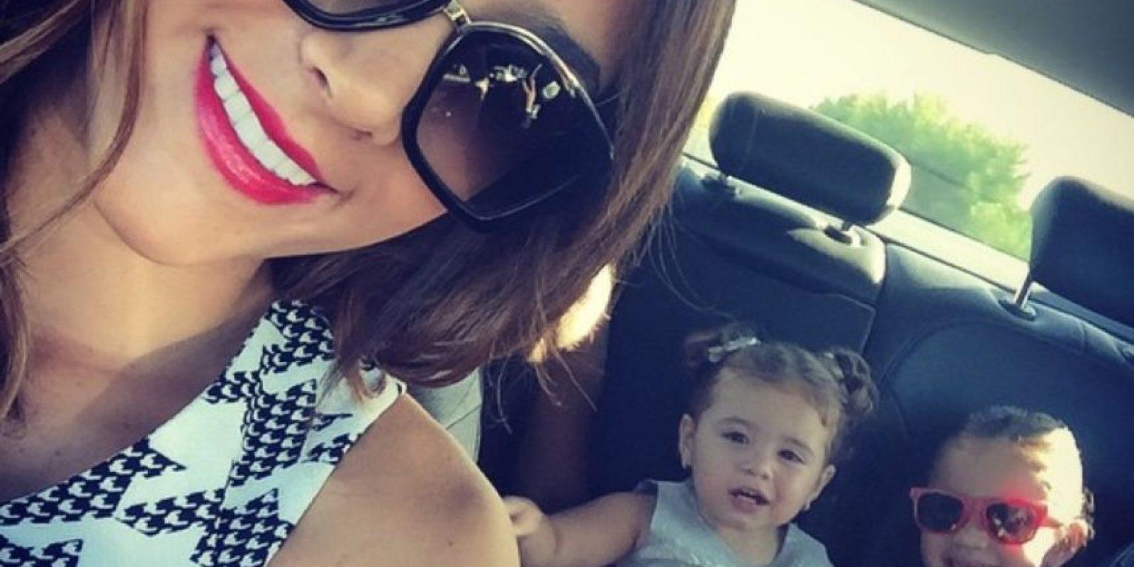 Llevando a las niñas al Bernabeu, en una foto reciente Foto:Instagram/Daniela Ospina