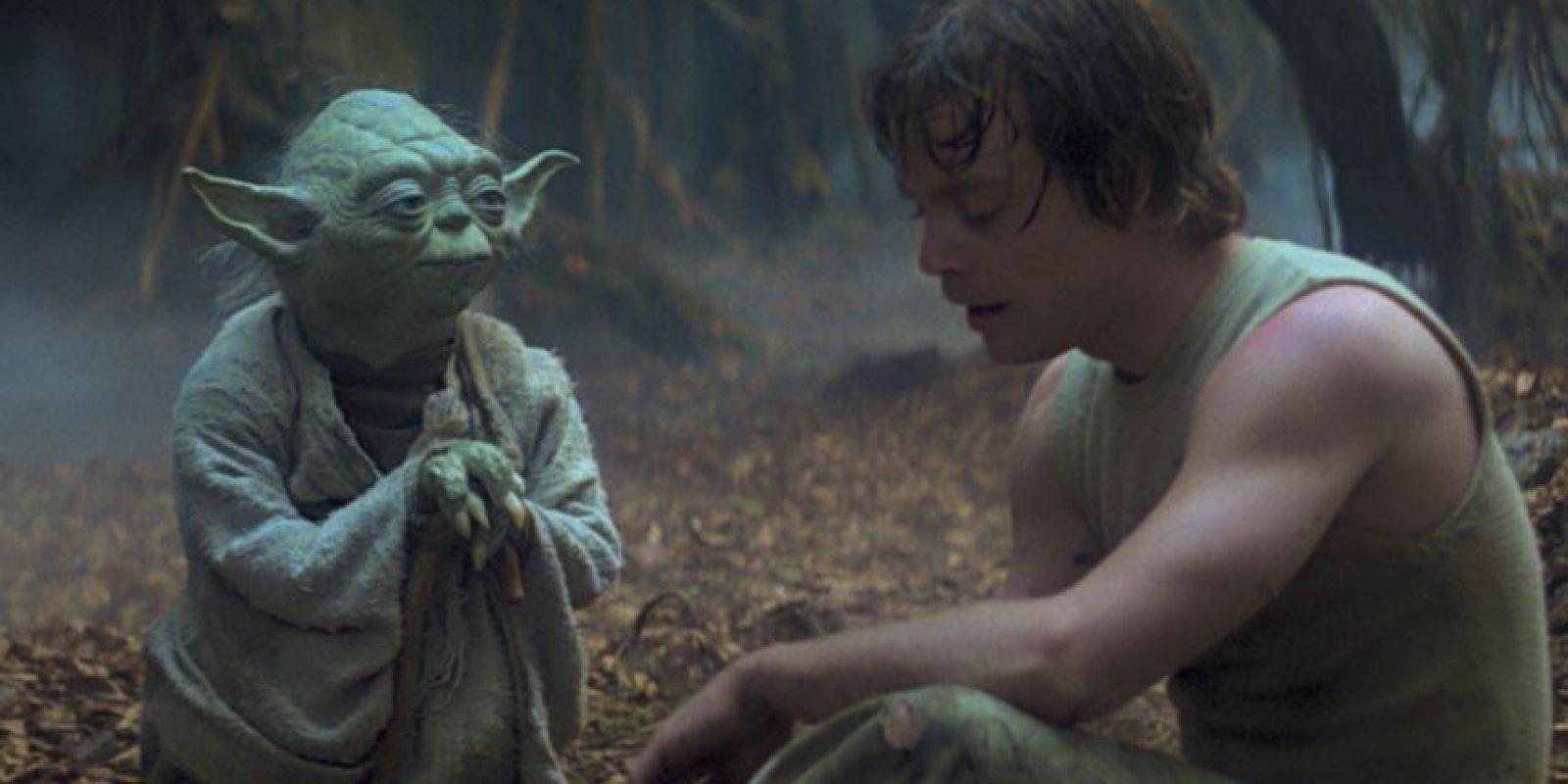El 6 de noviembre de 2014, LucasFilm a traves de sus redes sociales anuncio que el nombre oficial de la séptima entrega de la saga será: Star Wars Episode VII: The Force Awakens Foto:Facebook Star Wars