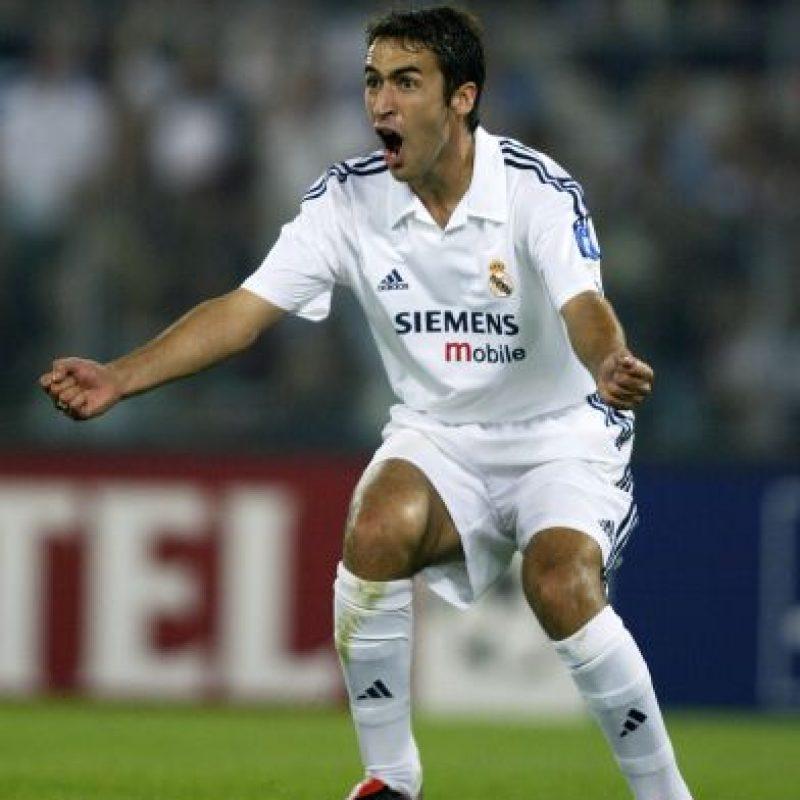 Raúl consiguió su récord con el Real Madrid español y el Schalke 04 alemán. Foto:Getty Images