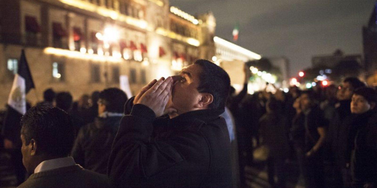 Escenas de la manifestación #AcciónGlobalPorAyotzinapa Foto:Getty Images
