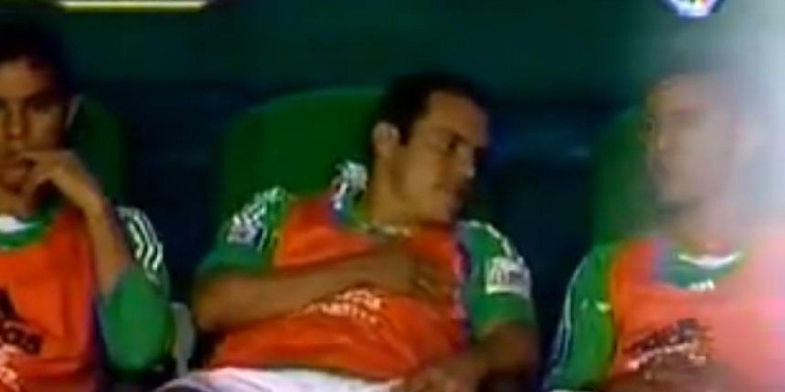 El ídolo mexicano estaba acostumbrado a jugar Foto:Youtube: Azteca Deportes