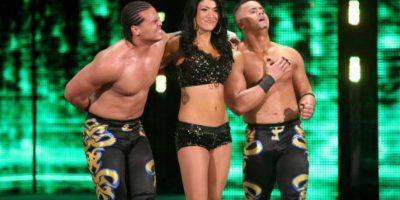 Primo tomó el papel de Diego y Epico ahora es Fernando Foto:WWE