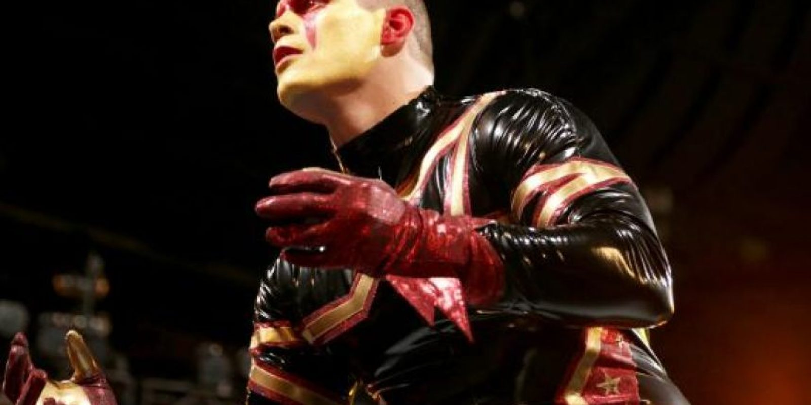 Es hermano de Goldust Foto: WWE