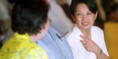 Ella luego fue presidenta de Filipinas y restauró el país. Foto:Getty Images