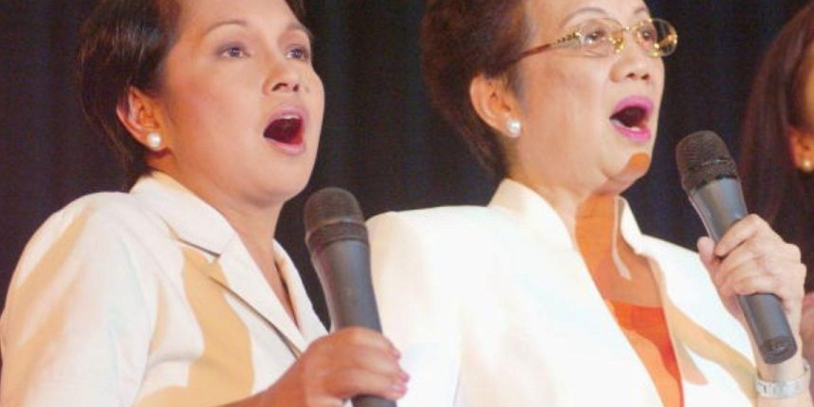Corazón Aquino se opuso a la dictadura de Ferdinand Marcos en Filipinas. Por esto su marido fue asesinado. Foto:Getty Images