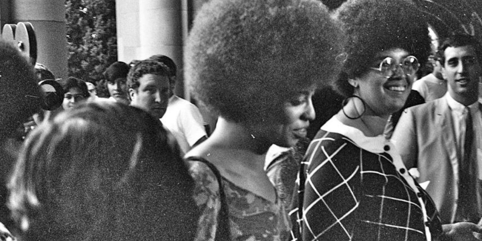 Angela Davis es una de las activistas más conocidas por los derechos civiles y de la mujer en el mundo. Foto:Wikipedia