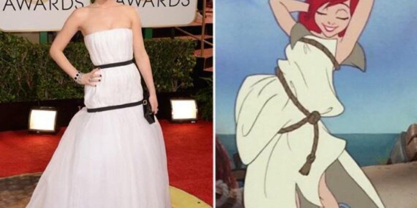 Jennifer Lawrence, qué lindo vestido. Foto:Twitter
