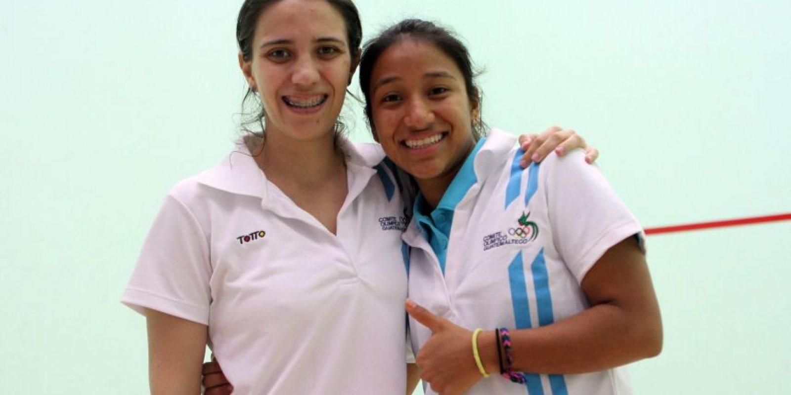 Pamela Anckerman y Winifer Bonilla, se clasificaron a las semifinales de squash. Foto:COG