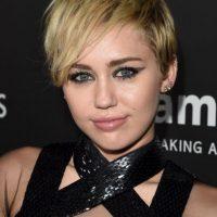 """Cyrus empezó a cultivar una imagen más adulta en 2009 tras el lanzamiento de su primer EP, """"The Time of Our Lives"""" Foto:Getty Images"""