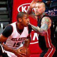 """El basquetbolista Chris Andersen tiene un mosaico de tatuajes; Su apodo """"Bird"""" lo lleva en el cuello Foto:Getty"""