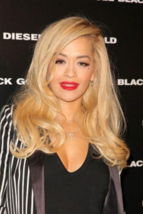 Rita Ora también tenía pelo rubio Foto:Getty Images
