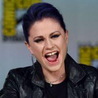 Así se le vio en el Cómic Con de este año al lado de su marido. Foto:Getty Images