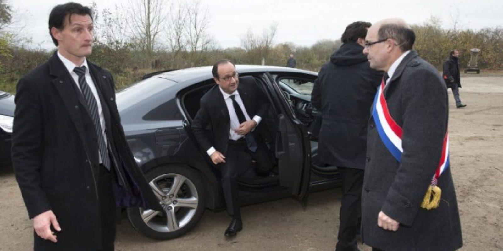 El auto del mandatario francés es amigable con el medio ambiente. Foto:AFP