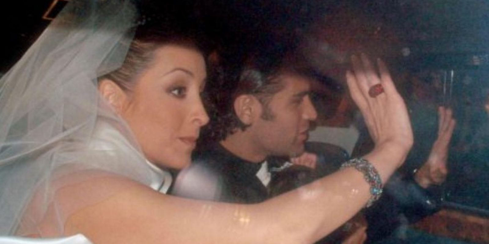 Rafael Márquez y Adriana Lavat se divorciaron en 2007. Foto:Twitter
