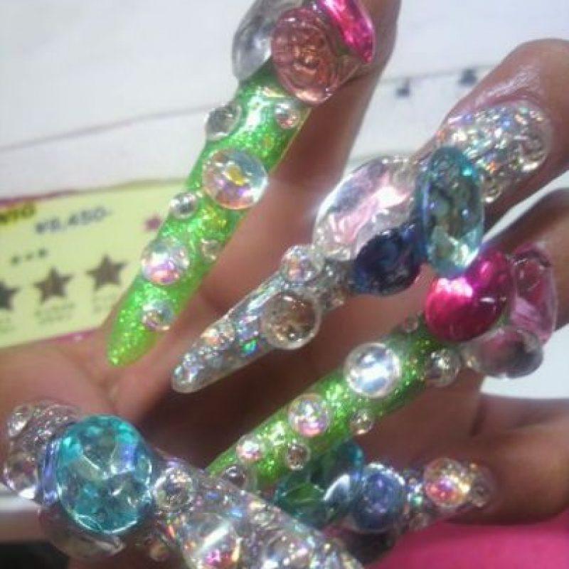 Uñas hechas para acariciar. Foto:Poorly Dressed