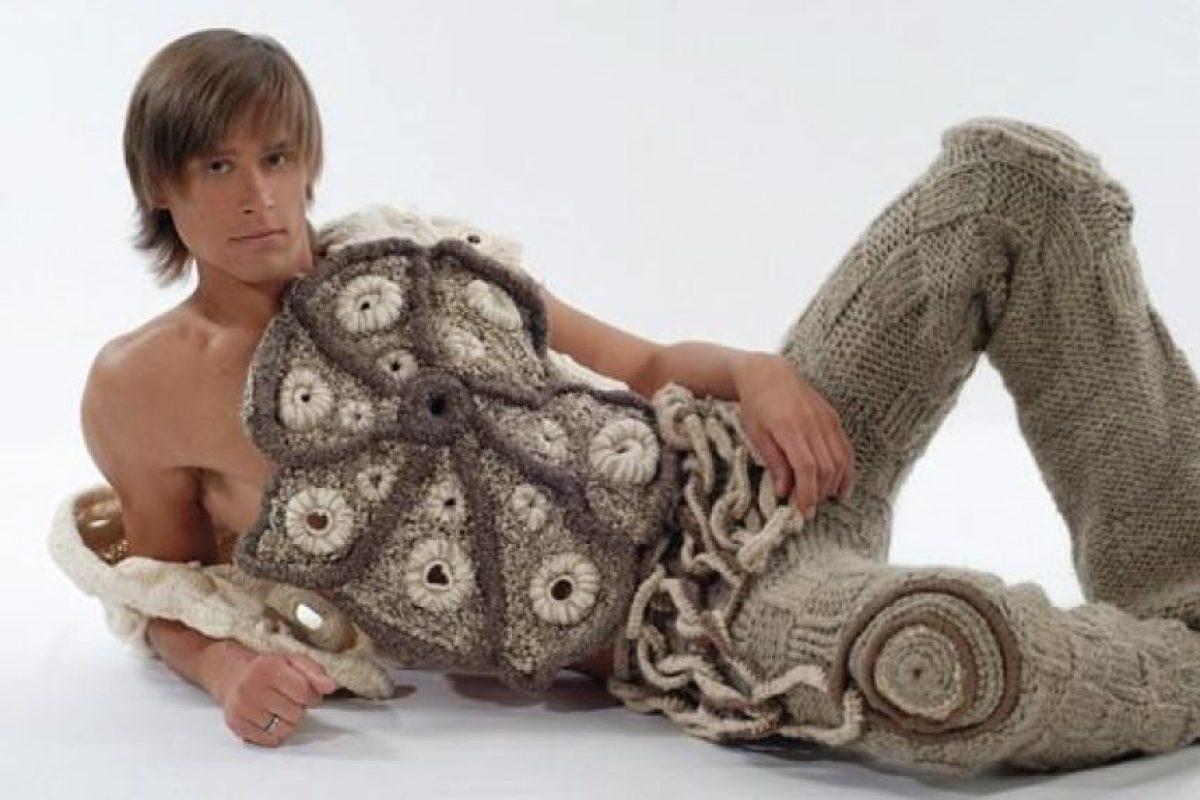 Nunca el croché se vio mejor. Foto:Poorly Dressed