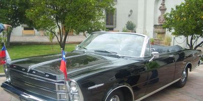 El 21 de mayo y en las Fiestas Patrias, utiliza un Ford Galaxie 500XL, el cual fue regalado por la Reina Isabel II de Reino Unido. Foto:Wikimedia.org