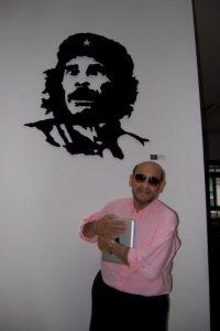 """""""Con Monchito…siempre presente en cualquier parte del mundo"""" Foto:facebook.com/edgarvivaroficial"""