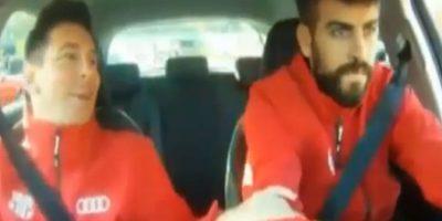 El argentino sufría mientras el defensa manejaba un Audi Foto:Youtube: FNTV – FootballNewsTV1