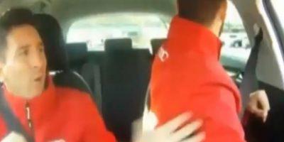 Se puso nervioso cuando Piqué volteó para atrás Foto:Youtube: FNTV – FootballNewsTV1