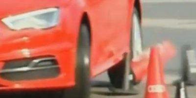 El español tiró unos conos Foto:Youtube: FNTV – FootballNewsTV1