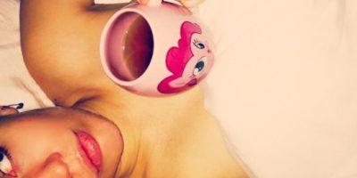 """FOTO: ¡En topless! Así celebró Miley Cyrus el """"Día de Acción de Gracias"""""""