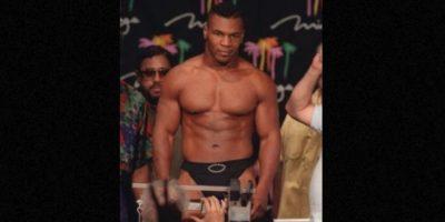 Mike Tyson: Pasó tres años en prisión por haber violado a una mujer. Después de eso pudo continuar boxeando e incursionar en películas cómicas. Foto:Getty Images