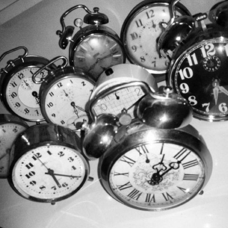 En ocasiones dormimos mal, despertamos varias veces por la noche o tenemos insomnio. Foto:Tumblr.com/tagged/despertador