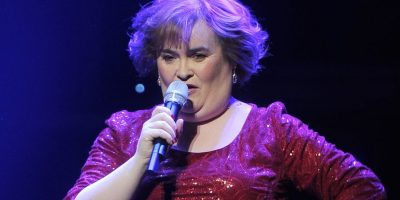 Después de vivir con el falso diagnóstico de trastorno mental, un especialista descubrió que el coeficiente intelectual de la cantante es superior al del promedio. Foto:Getty Images