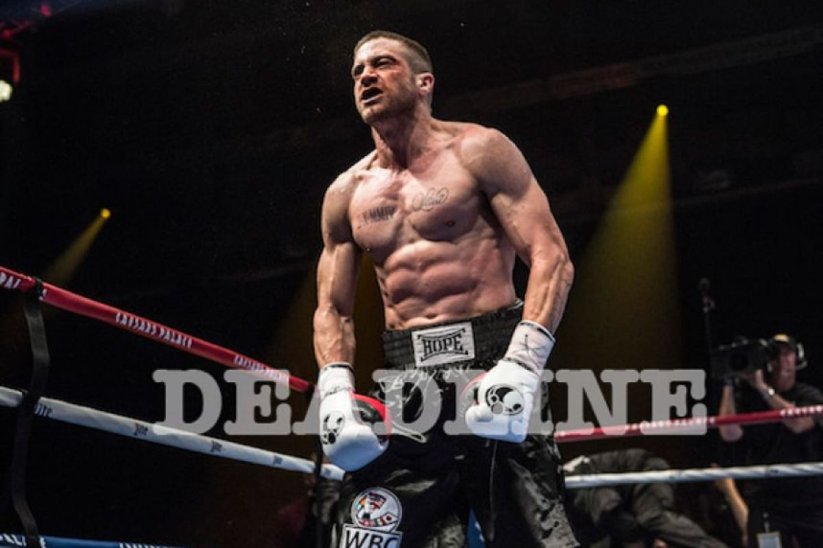 "Se ve al actor Jake Gyllenhaal con una trabajada musculatura para interpretar el papel del boxeador Billy ""The Great"" Hope Foto: www.deadline.com"