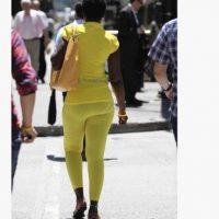 Amarillo para alegrar la vista. Foto:Pinterest/Fashion Fail