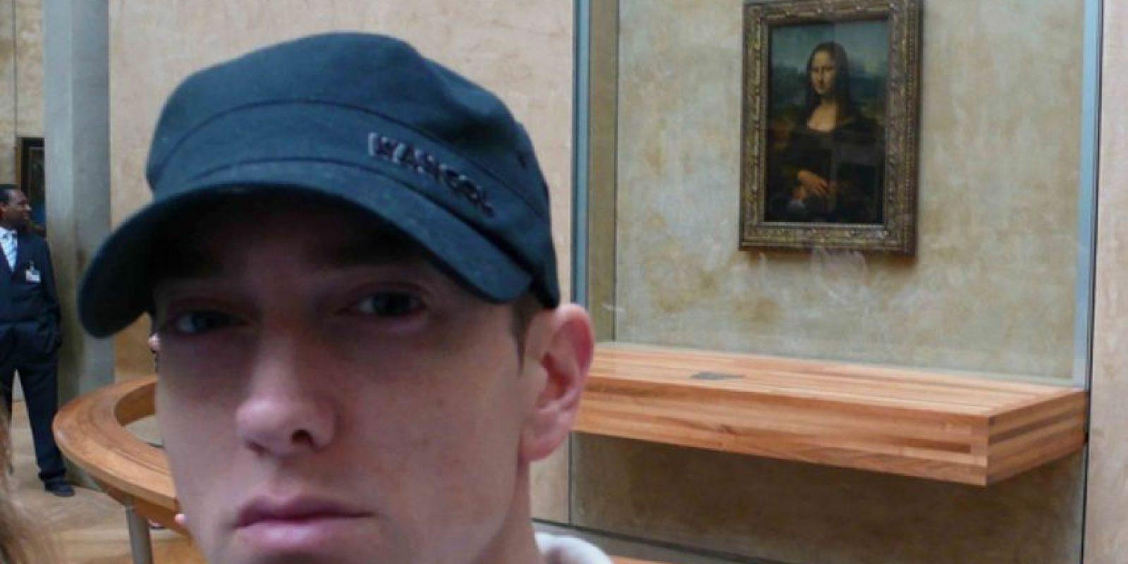 Eminem frente a la Monalisa Foto:Instagram
