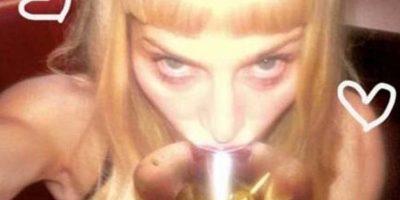Madonna tomando una copa Foto:Instagram