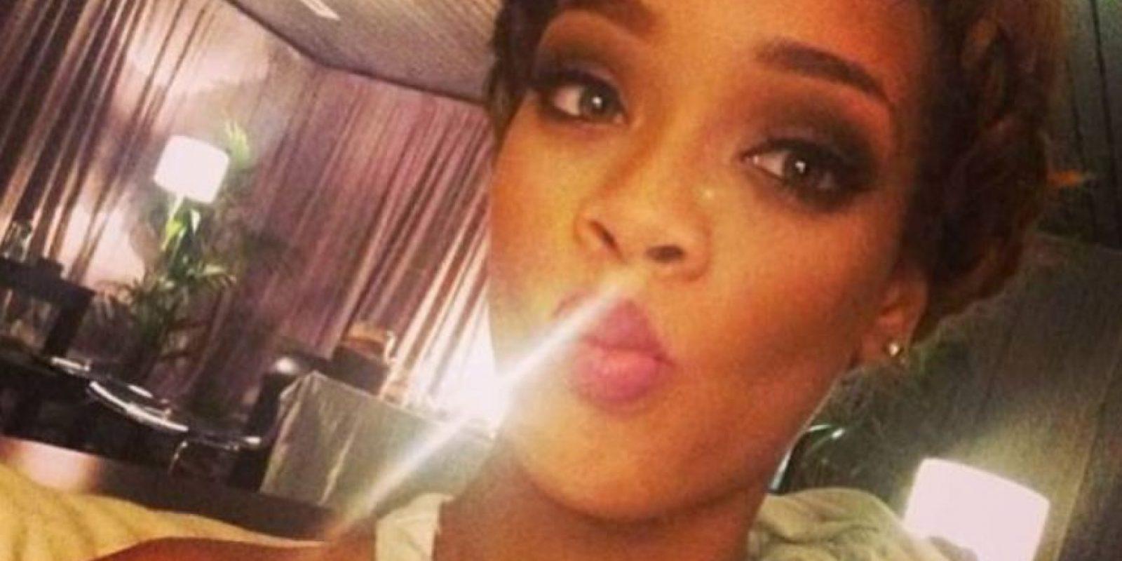 Rihanna y su cara de pato. Foto:Instagram