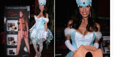Farrah Abraham se vistió así para Halloween. Foto:Twitter