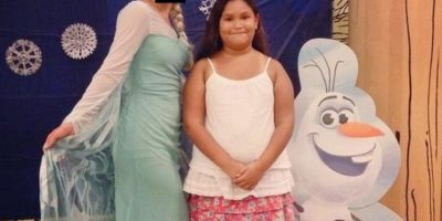 Elsa vestida de sábana Foto:Imgur