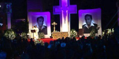 El hijo de Chespirito, Roberto Gómez Fernández acompañó a su padre en la capilla. Foto:Facebook/Televisatelevisionmx