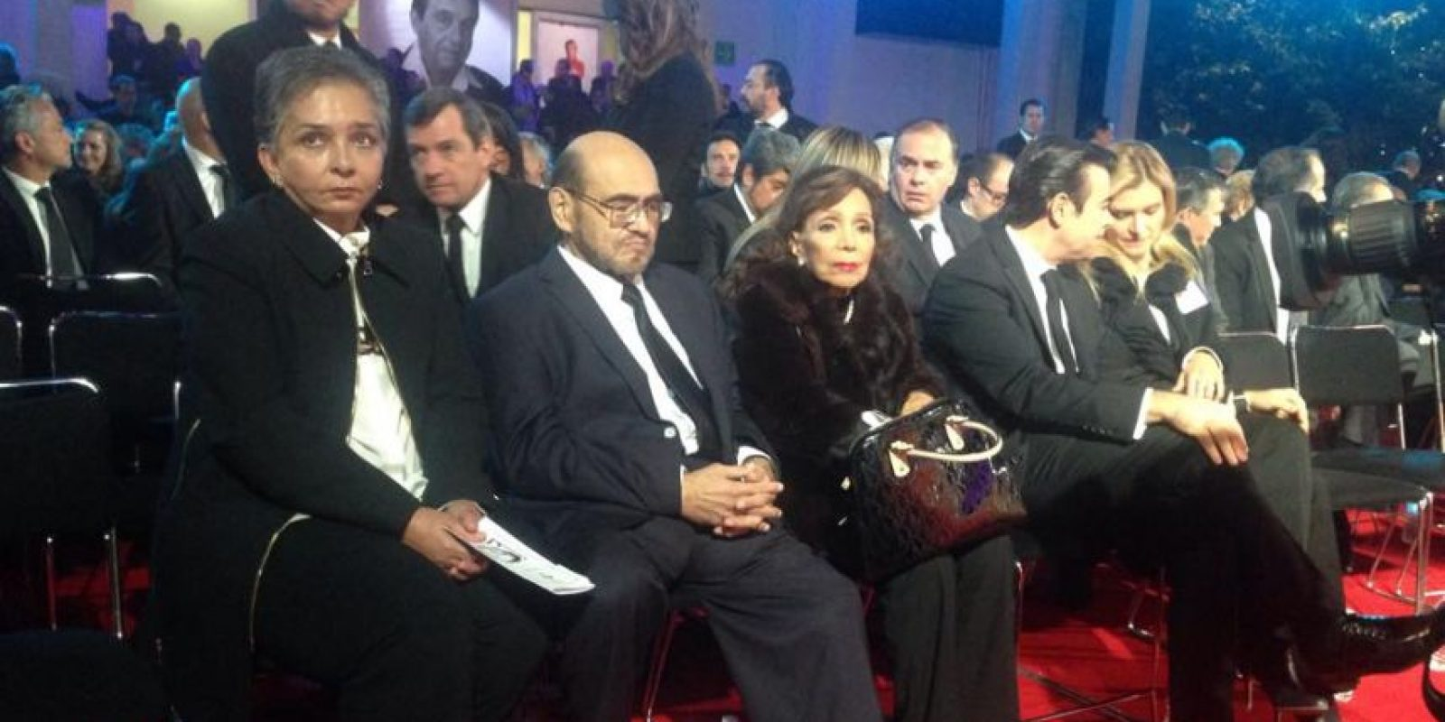 Édgar Vivar (El señor barriga) también destacó entre los invitados. Foto:Facebook/Televisatelevisionmx