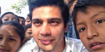 Joven político mexicano discrimina a los fans de Chespirito