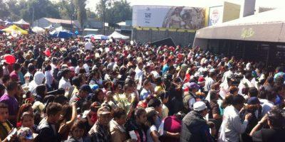 El momento en que se abren las puertas del estadio Foto:Nicolás Corte