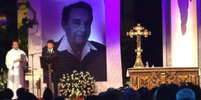 La misa fue presidida por monseñor Diego Monroy Foto:Facebook/Televisatelevisionmx