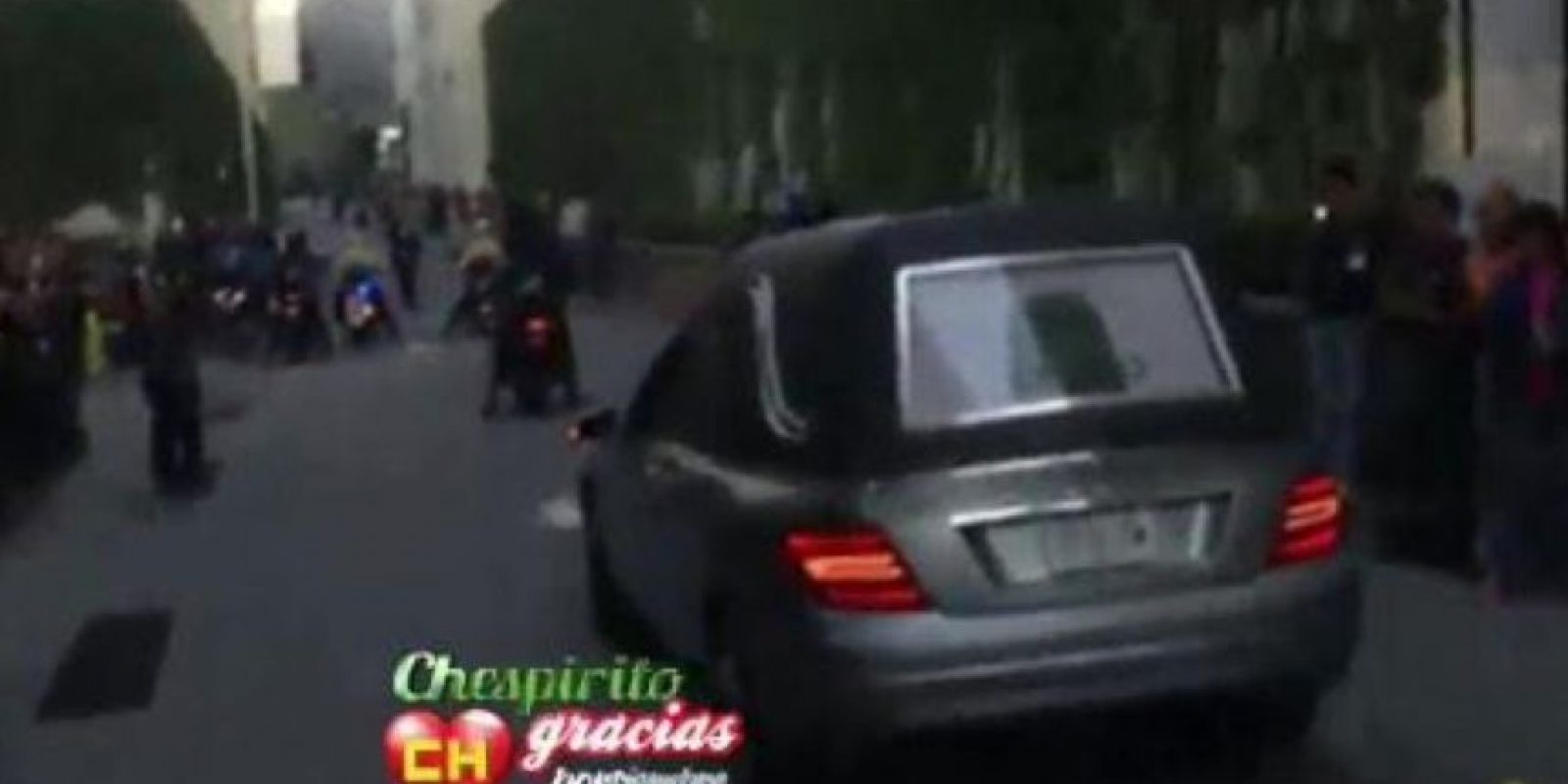 Varios medios registraron su llegada. Foto:Twitter/TelevisaTvMx