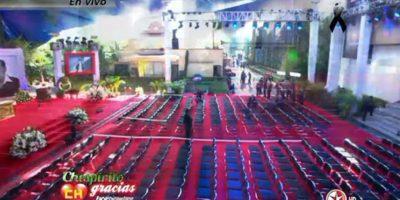 Así se alista una misa para Chespirito en las instalaciones del canal. Foto:Twitter/TelevisaTvMx