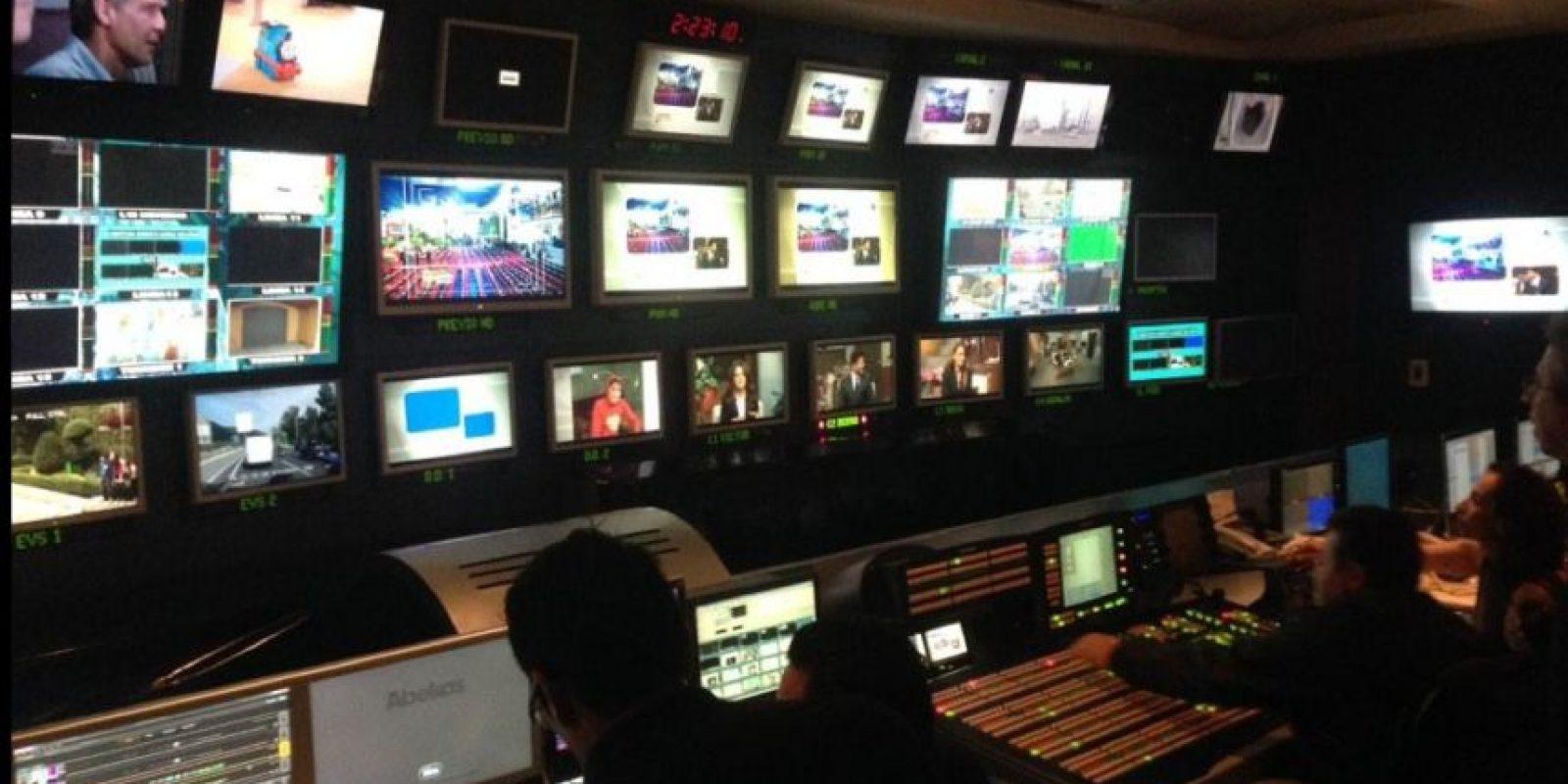 """En Televisa harán un homenaje privado a """"Chespirito"""". Foto:Twitter/Adal Ramones"""