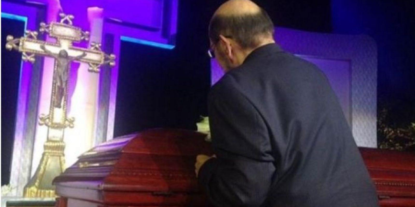 """Roberto Gómez Bolaños tuvo un homenaje privado en Televisa y luego su cuerpo fue trasladado al """"Estadio Azteca"""", donde se le homenajeó con una ceremonia religiosa y mariachis Foto:Twitter/TelevisaTvMX"""