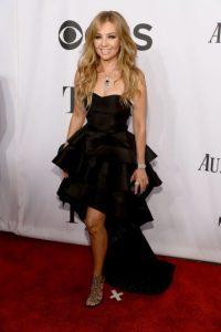 Poco después viajó a Los Ángeles, California para prepararse como solista Foto:Getty Images